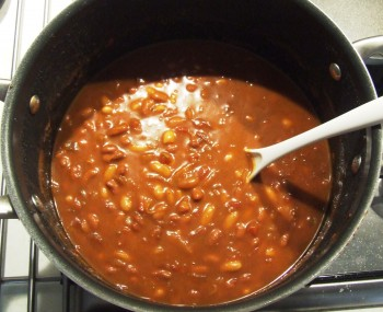 DSCF7333 350x285 Recipe: Blazing Saddles Baked Beans